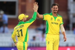 Carey and Starc spearhead thumping victory over New Zealand