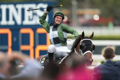 """""""I've never seen anything like this in Sydney racing"""": Peter V'landys moments after Yes Yes Yes claims The Everest"""